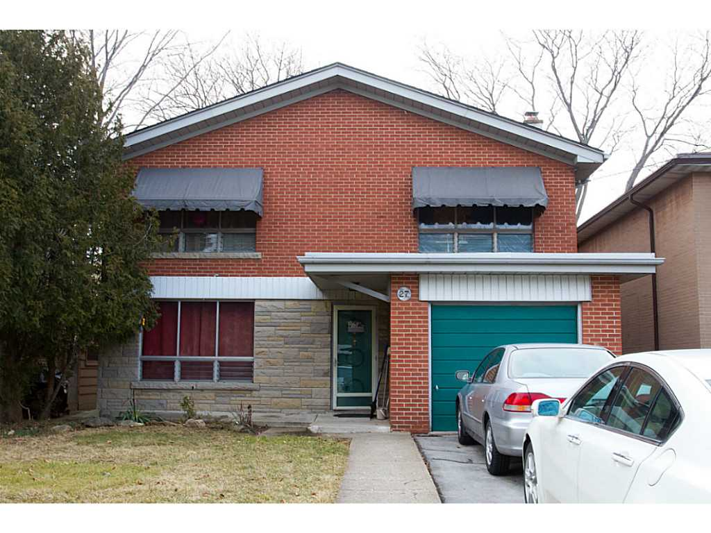 NOW SOLD!  New Listing at 27 WEST PARK Avenue, Hamilton